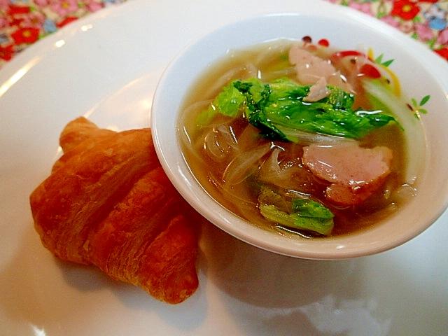焼き豚野菜の麺つゆスープとクロワッサンのワンプレ