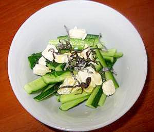 簡単★おつまみ★きゅうりとクリームチーズの和え物