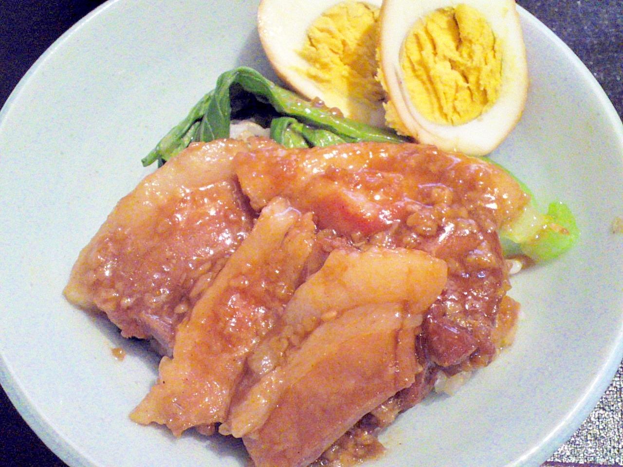 醤油麹で極上の甘み★スパイス香る豚の角煮丼