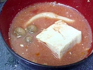 シメジと豆腐のトマトスープ
