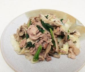 すっきりカライ!豚肉と野菜の塩麹炒め