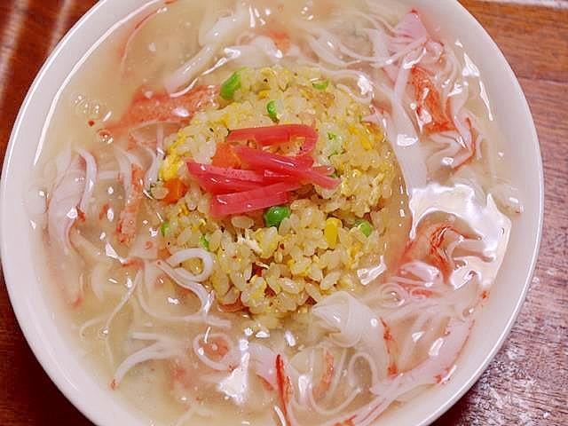 10. 水餃子あんかけチャーハン