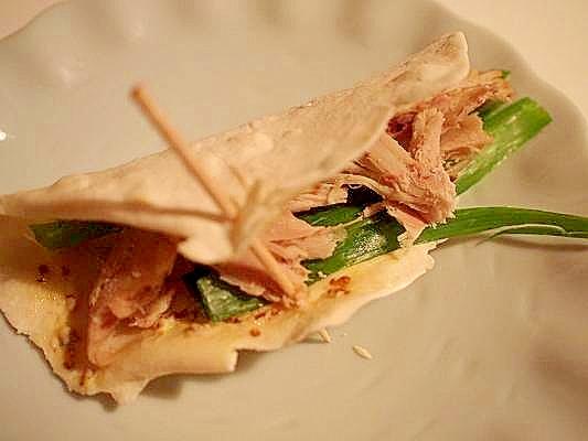 トルティーヤの皮でチキン&葱