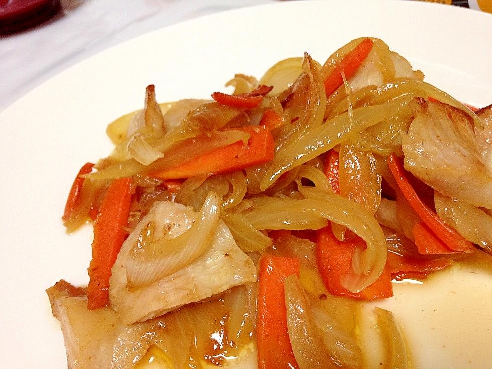 6. 白いご飯がすすむ!豚トロの甘辛煮