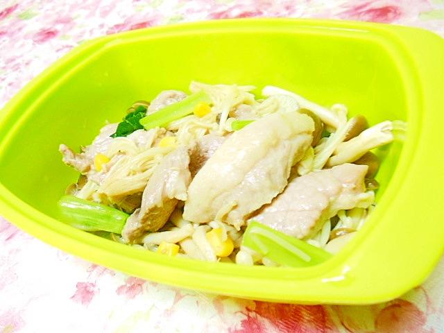 レンジで簡単豚ブロックと3種の茸の塩麹蒸し