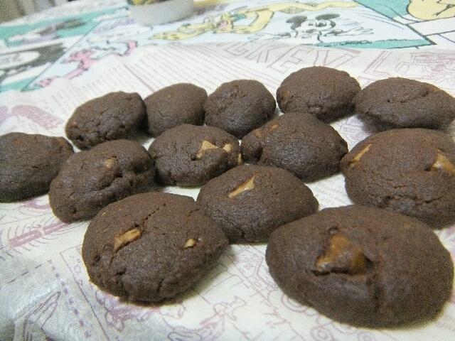 スイーツ男子のホワイトチョコ入りココアクッキー