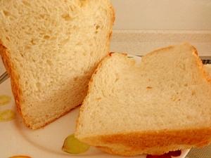 ホームベーカリーで☆お米入りふわふわミルクパン