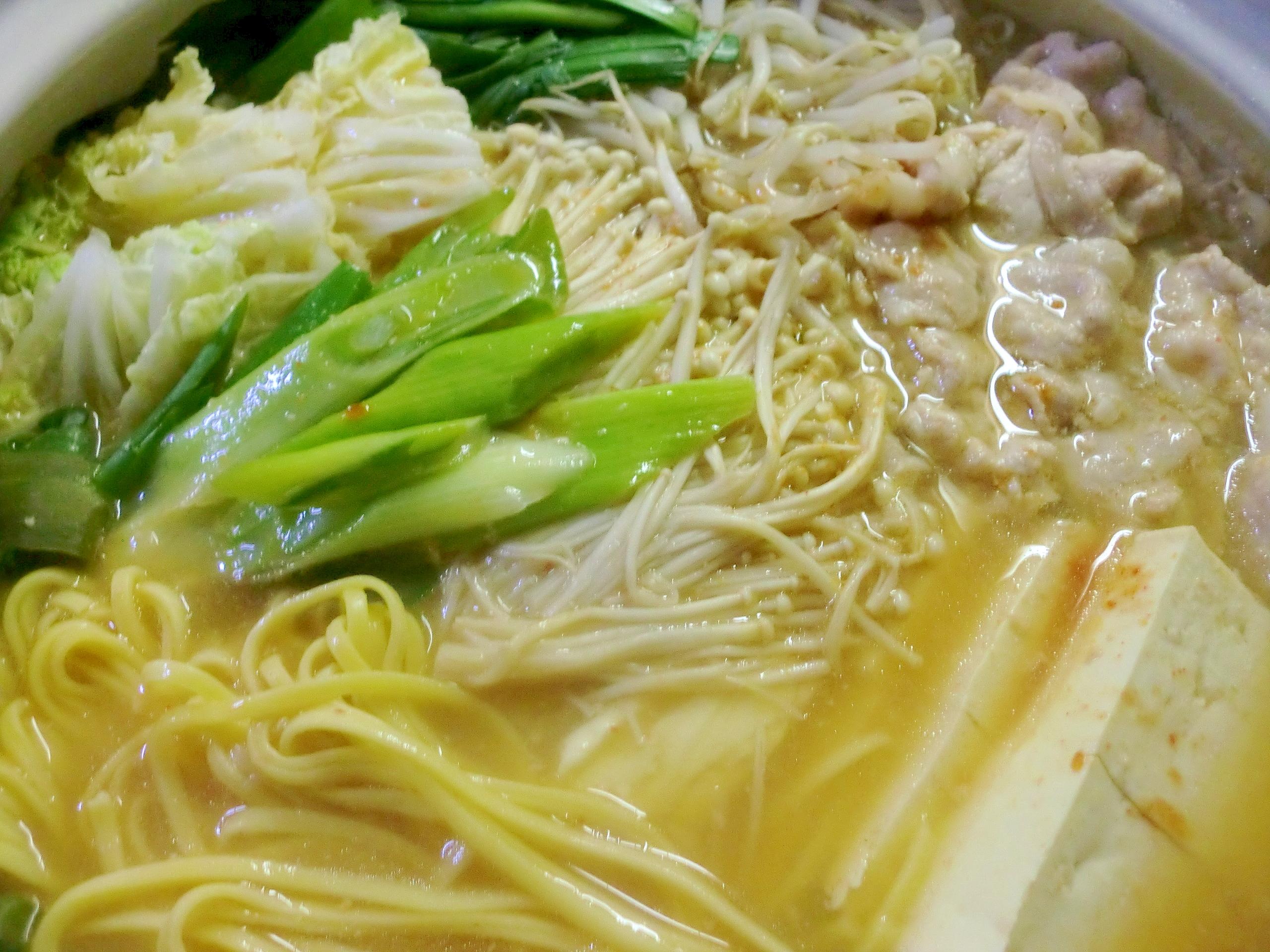 キムチ鍋~煮込みラーメンでボリュームUP~