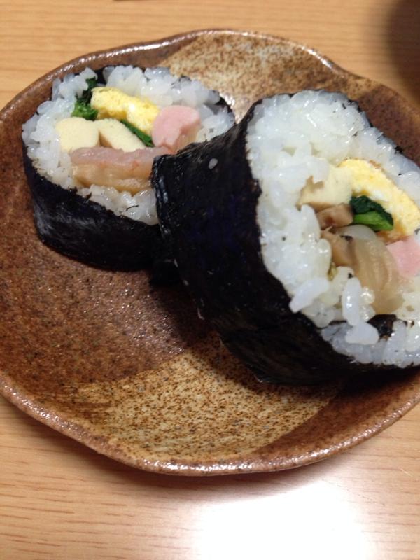 冷凍海老も使った☆私の田舎巻き寿司(*^^*)