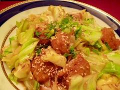 鶏唐揚げとキャベツの甘酢炒め・油淋鶏風
