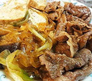簡単、肉豆腐