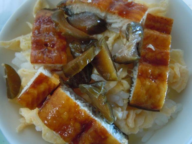 キュウリのキューちゃんと鰻のちらし寿司
