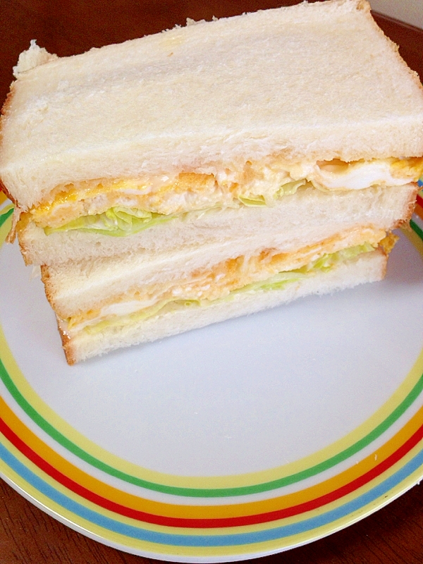 クリームチーズ卵のサンドイッチ