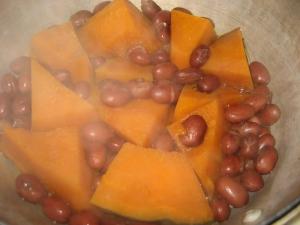 かぼちゃと金時豆の煮物