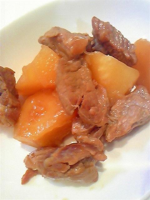 厚切り牛肉とジャガイモでピリ辛中華風肉じゃが♪