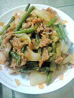ラー油で炒める焼肉♪野菜も美味しい(^ー^*