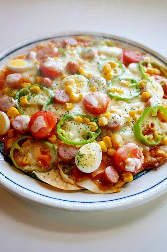 4. フライパンで簡単ホールピザ
