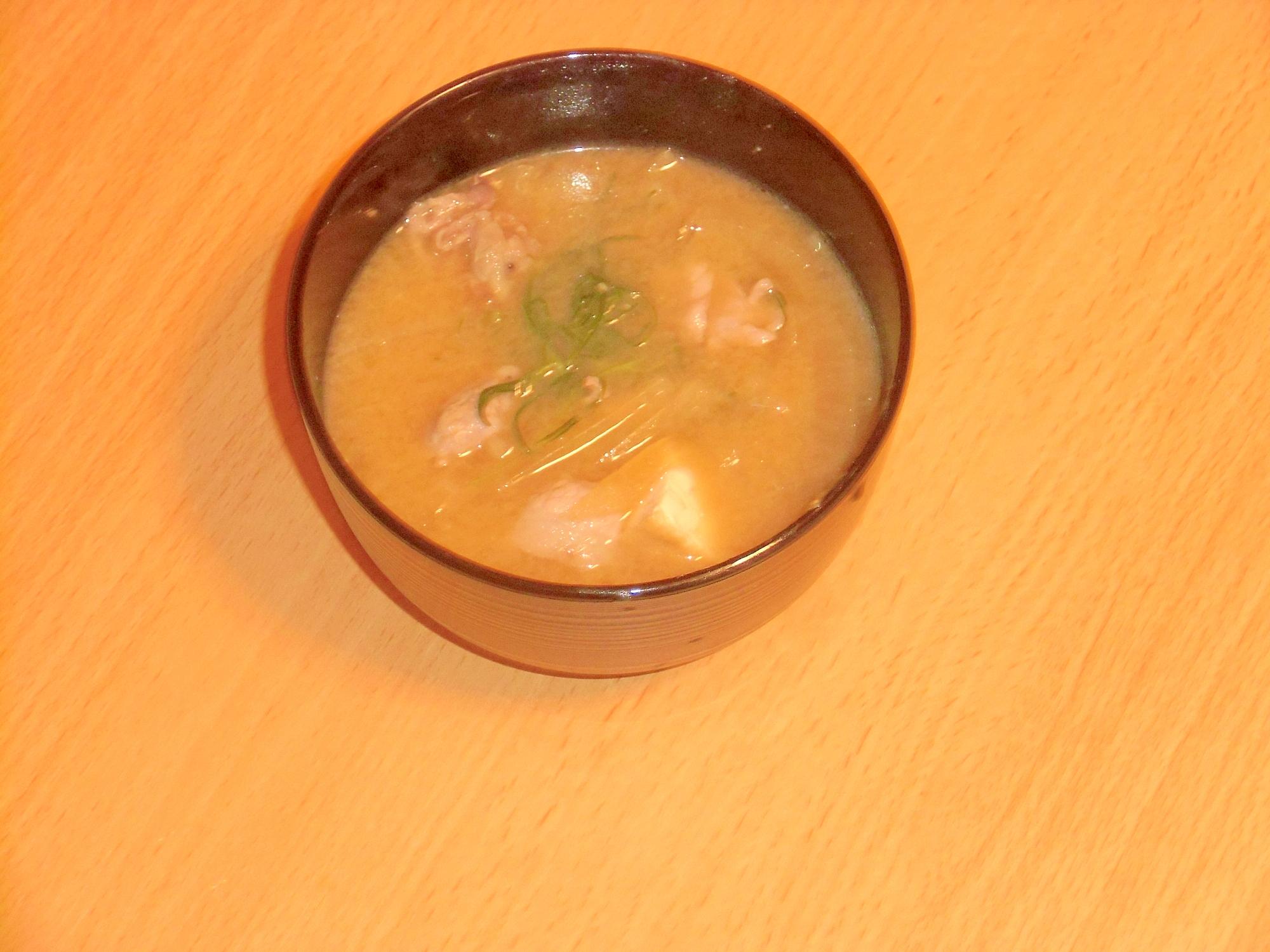 おかひじきと豆腐のマヨ味噌汁