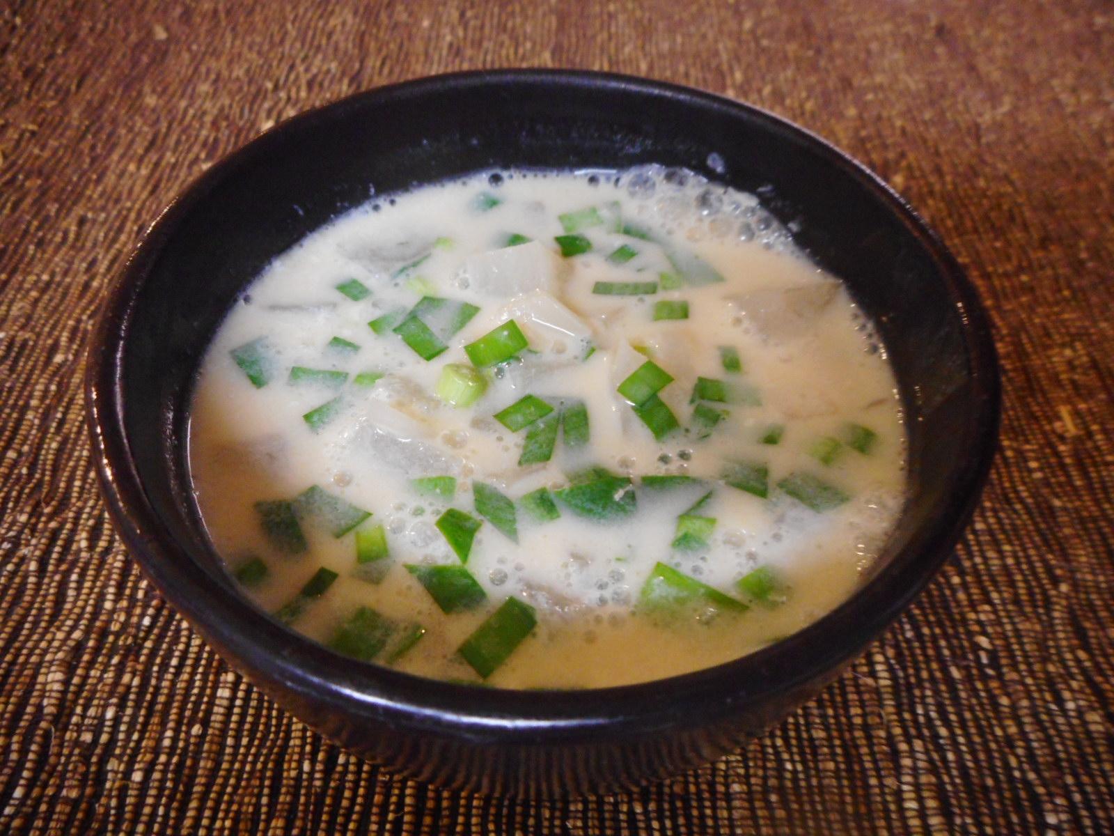 5.大根とひき肉の豆乳スープ