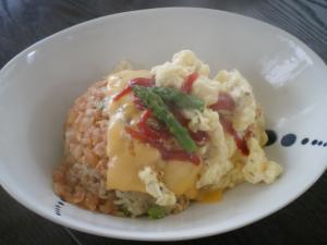 ふわとろ卵のチーズオムライス