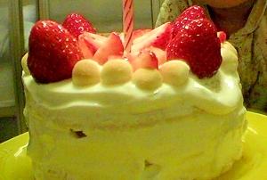 1歳の誕生日に☆生クリーム不使用のバースデーケーキ