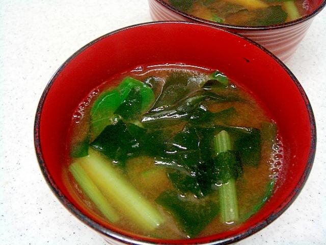 アサリの茹で汁で小松菜の味噌汁