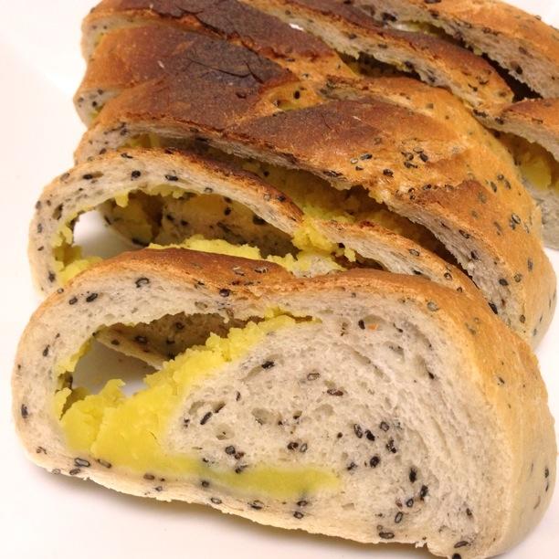 栗きんとんでパン