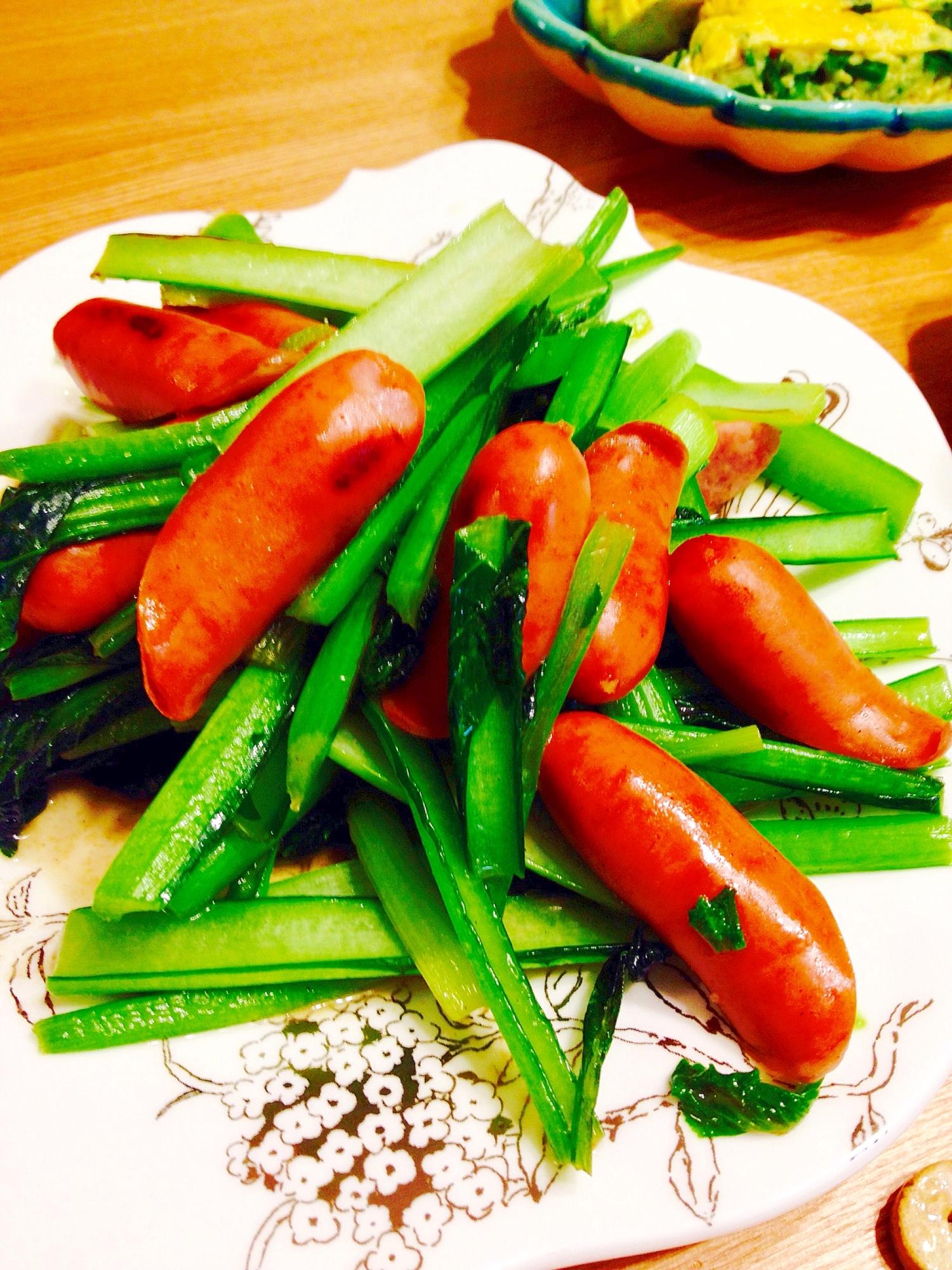6. ウインナーと小松菜のオイスター炒め