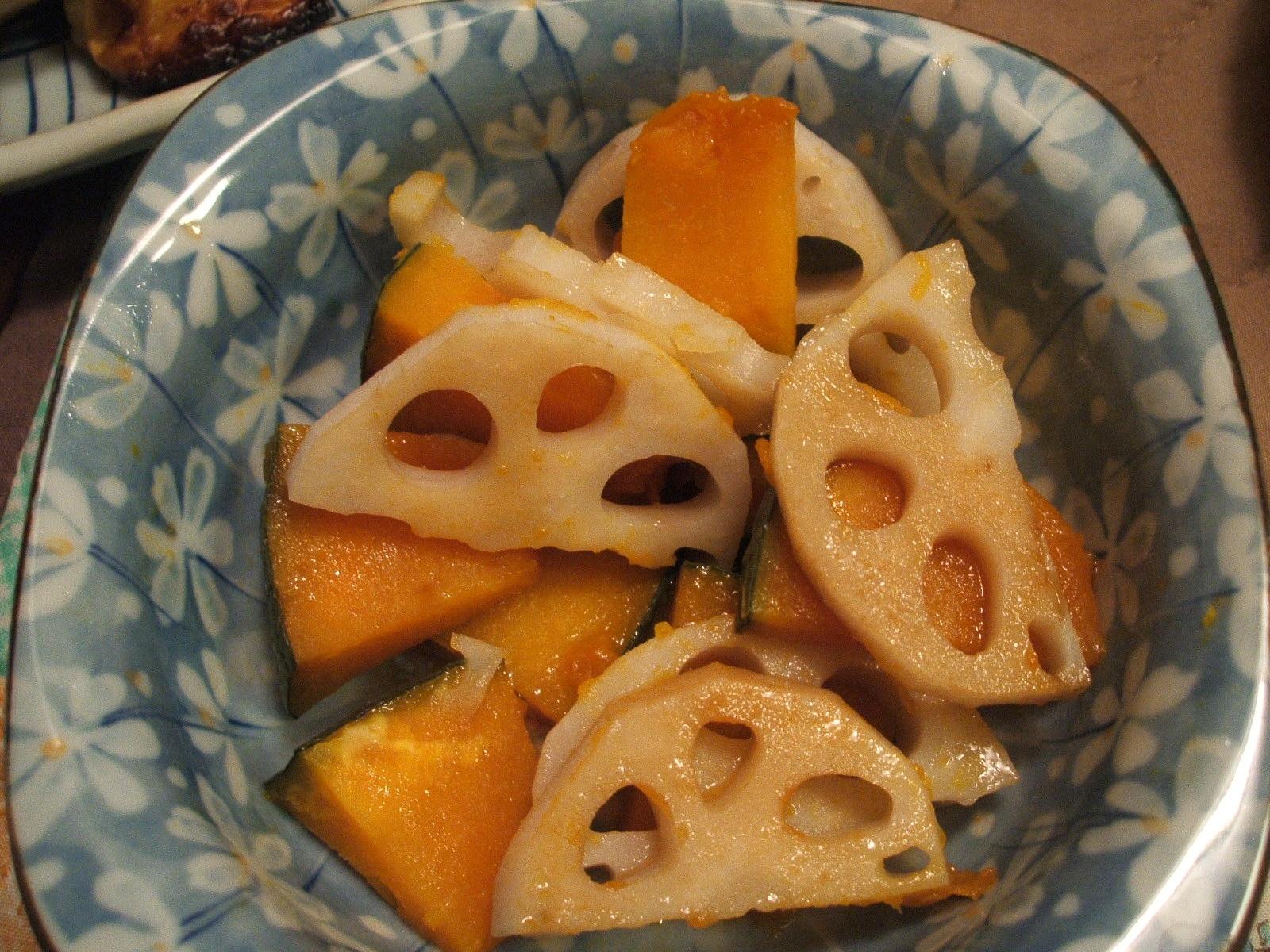 レンコンとかぼちゃのバターしょうゆ和え