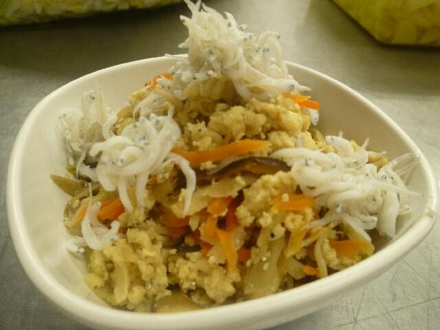 カルシウムたっぷり!しらすの炒り豆腐