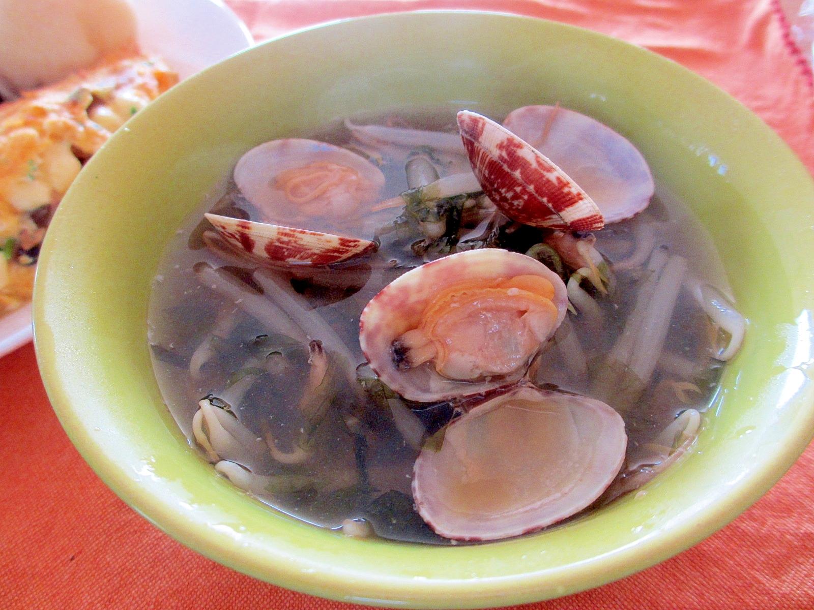 もやしとあさりと海苔のスープ