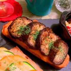 茄子とチーズ×トマトクリームソースのタルティーヌ