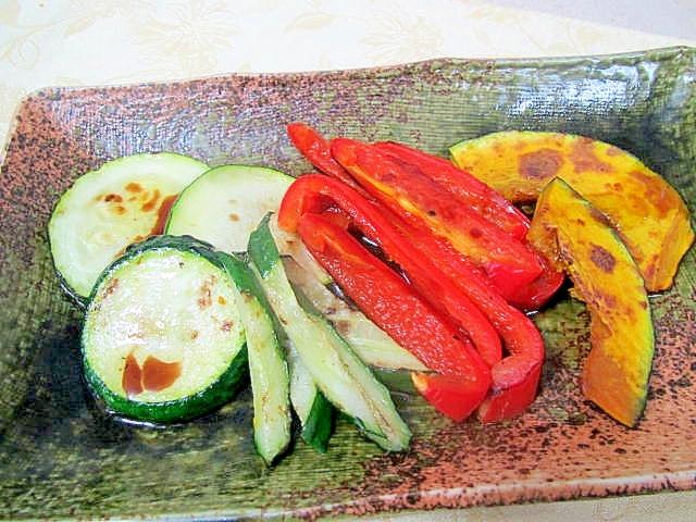 バルサミコ酢がけの野菜たち