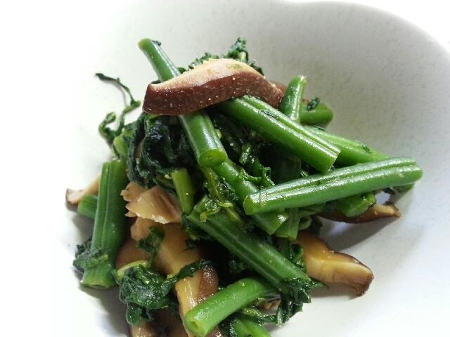 1つ鍋で椎茸と春菊の和え物