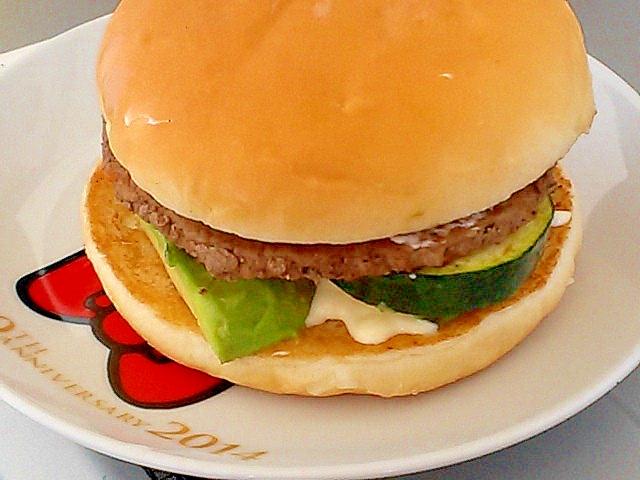 マックのハンバーガーを豪華にリメイク!