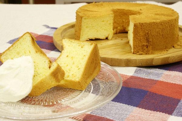 ふわふわプレーンシフォンケーキ