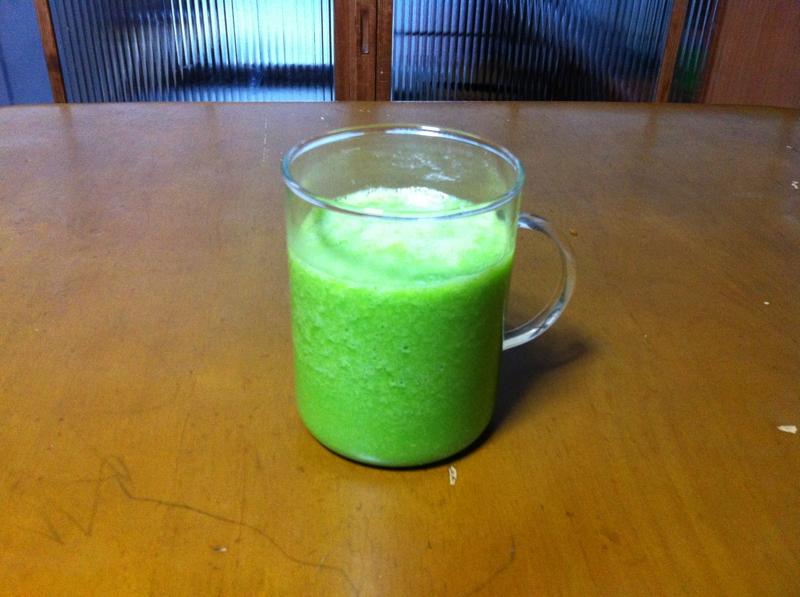 八朔と小松菜でグリーンスムージー