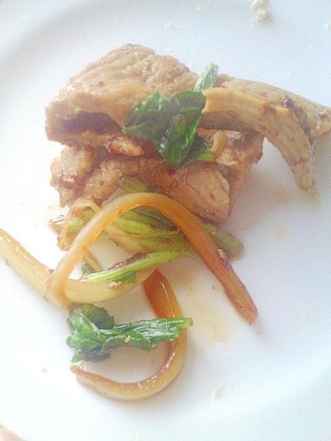 スピード簡単♪豚肉&小松菜のしょうが炒め