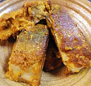 鯖の干物でカレーヨーグルト焼き