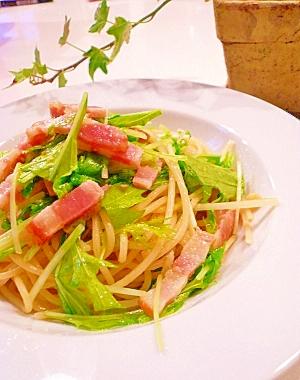 ベーコンと水菜のペペロンチーノ。 レシピ・作り方