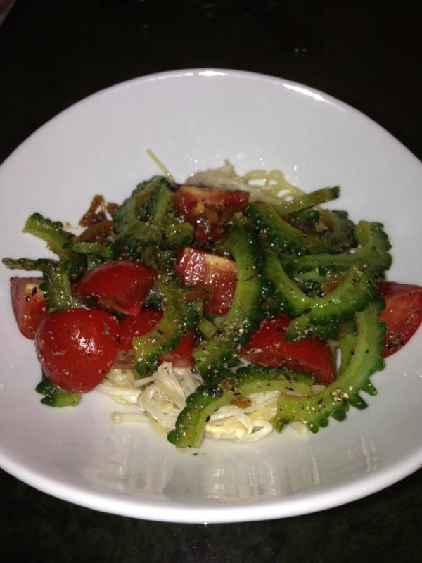 ピリッとサッパリ簡単ゴーヤとトマトの冷製パスタ
