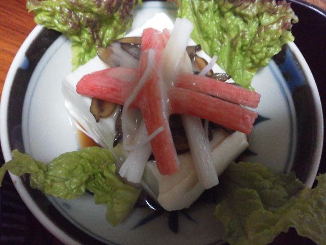 かにかま豆腐の胡麻オリーブドレッシング
