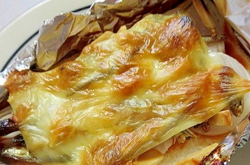 アーモンド小魚入りチーズトースト