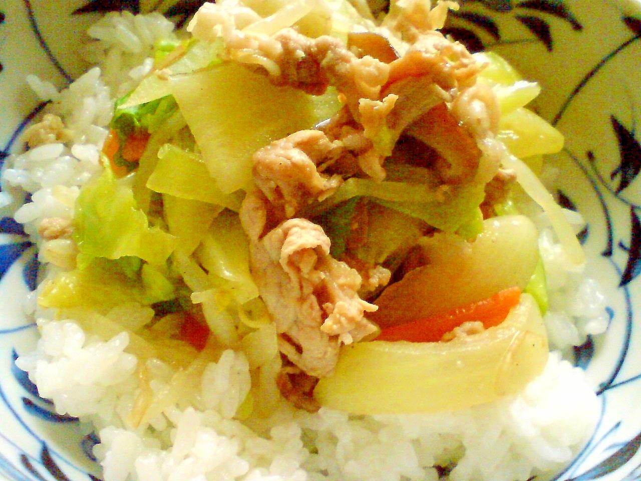 野菜たっぷり!野菜炒め丼