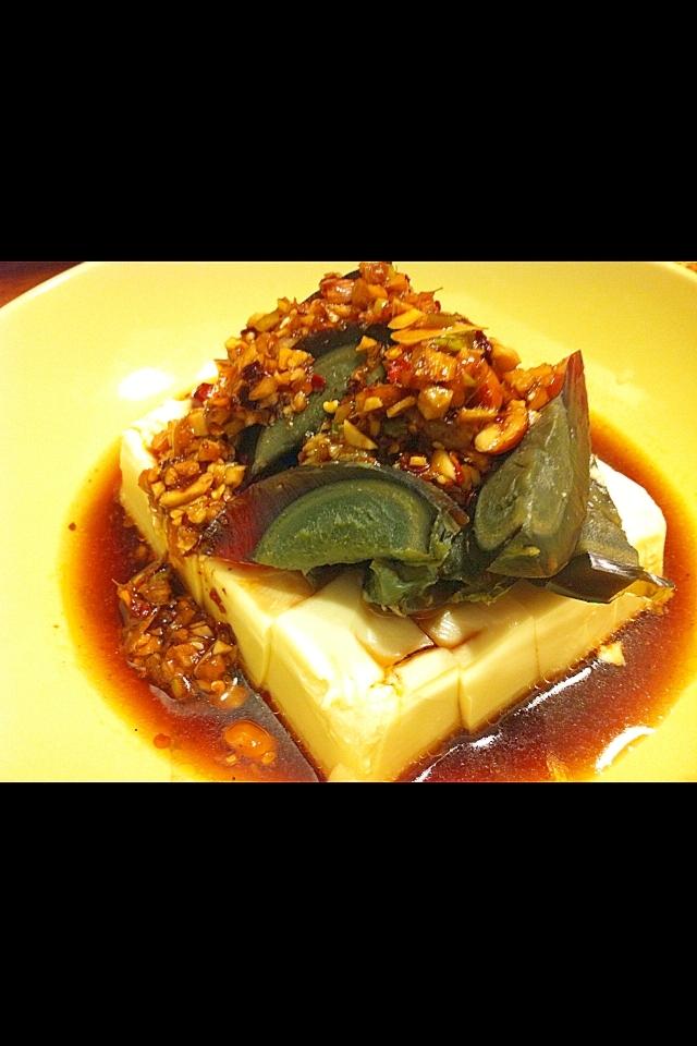 ピータンとピーナッツの豆腐サラダ