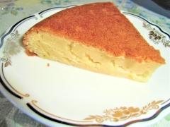 しっとり充実、バナナヨーグルトの炊飯器ケーキ