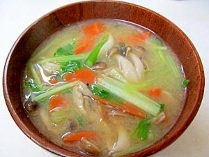 *彩り野菜の味噌汁*
