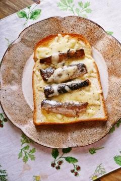 イワシ缶deチーズトースト