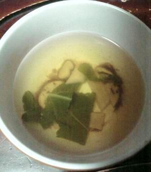 秋の味覚本格派松茸のお吸物