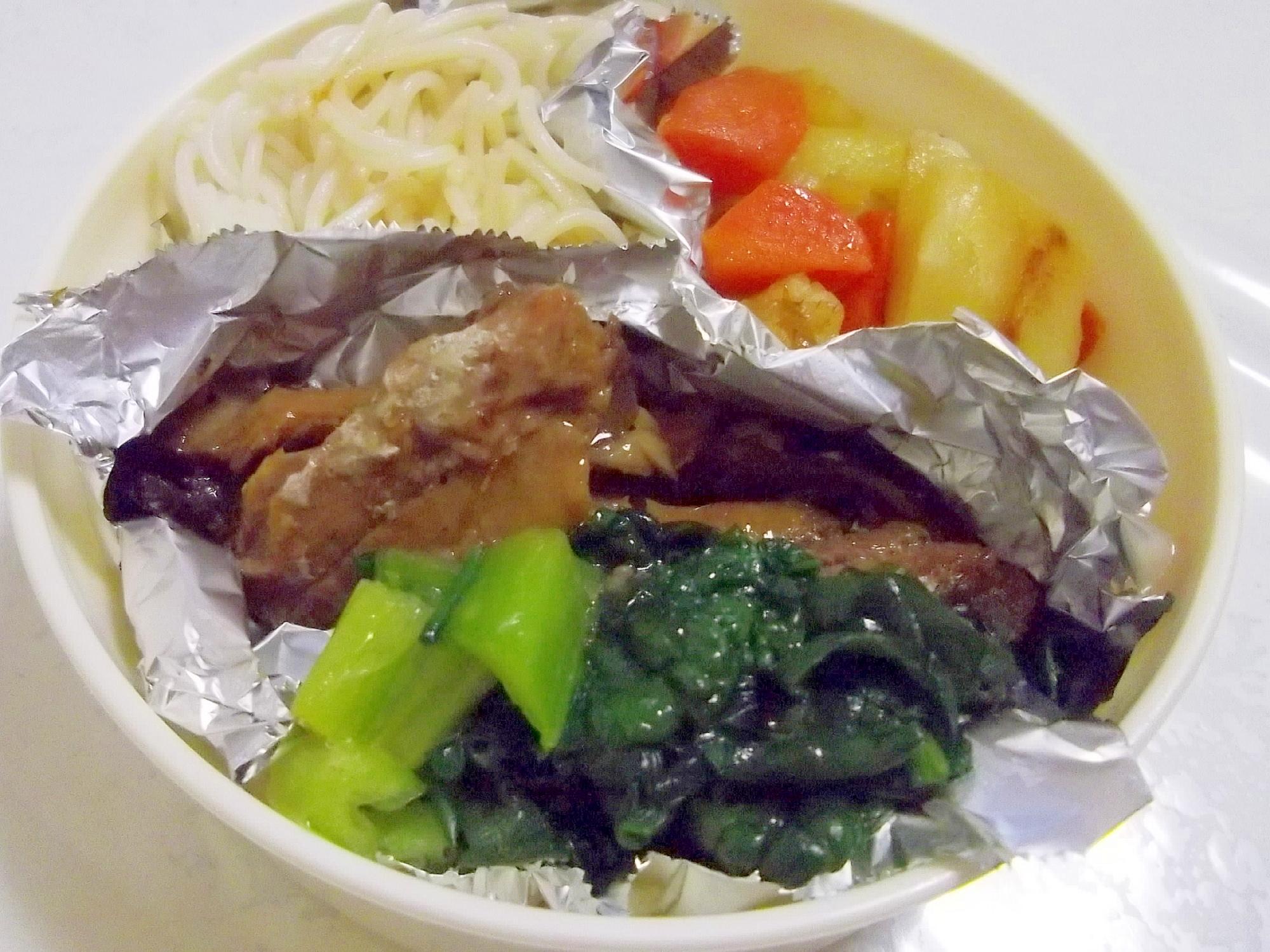 お弁当に、おつまみに♪さんま缶と雪菜のささっと炒め